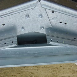 detail view of a beam from the delta skeleton, the beams are made from galvanized high speed steel and no welding is needed