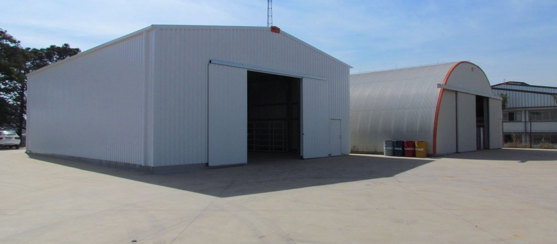 view of 2 steel industrial buildings made by Frisomat in Monte Mor, SP, the galvanized steel warehouse constructor